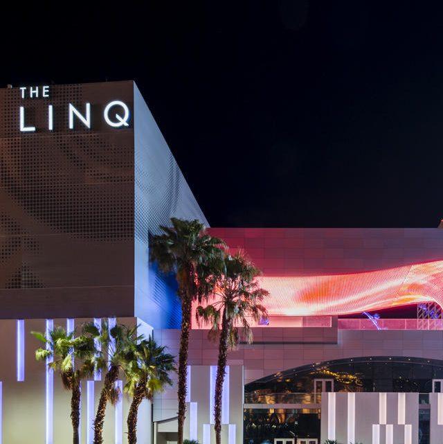 พื้นที่เล่นเกมโฮโลแกรมของอุตสาหกรรมเกมเป็นแห่งแรกในการออกแบบสิ่งที่ Linq คือ