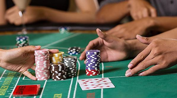 แนะนำวิธีการเล่นเกมไพ่บาคาร่าออนไลน์ ให้ได้เงิน